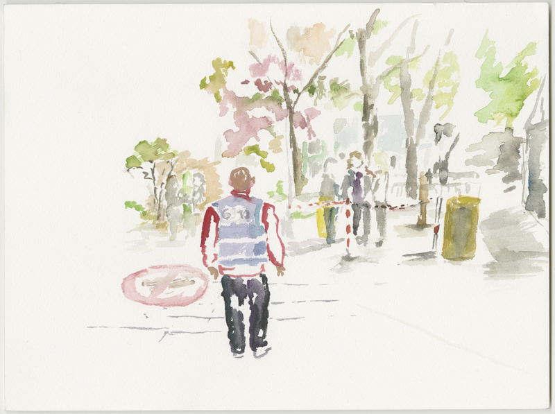 2016-05-02_52-52725_13-34790_lageso_skizze2, security staff in front of the entrance to the LAGeSo, sketch, 24 x 32 cm (Kirsten Kötter)